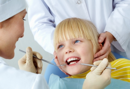 Лечение молочных в детской стоматологии Гранат
